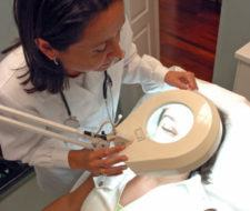 Las operaciones de cirugía estética se reducirán a la mitad a causa de la crisis