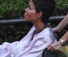 Halle Berry interpreta a una adicta a la cirugía estética